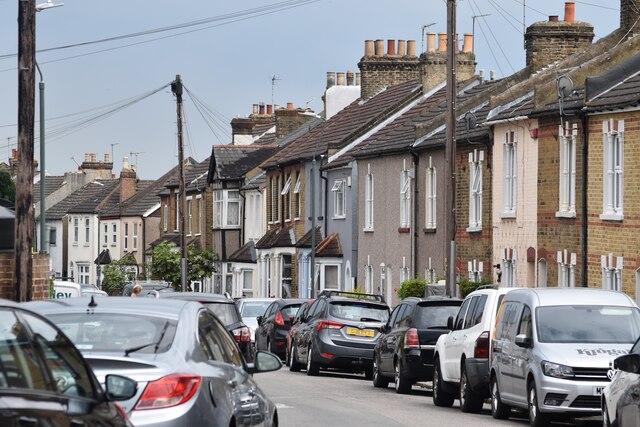 View along Grosvenor Road