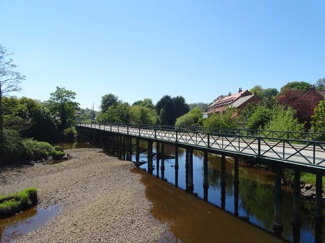 Railway bridge over River Esk