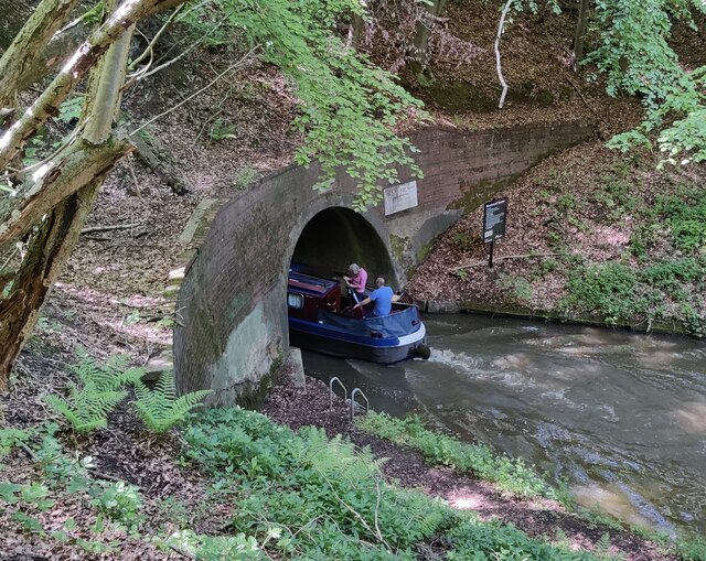 Narrowboat entering the east portal of the Shortwood Tunnel