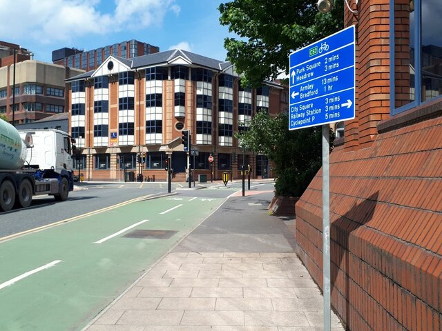 Cycle route signage, Northern Street