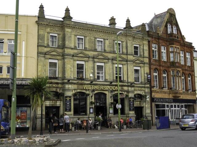 The London Inn on the Strand
