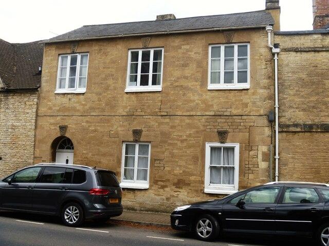 Cirencester houses [83]
