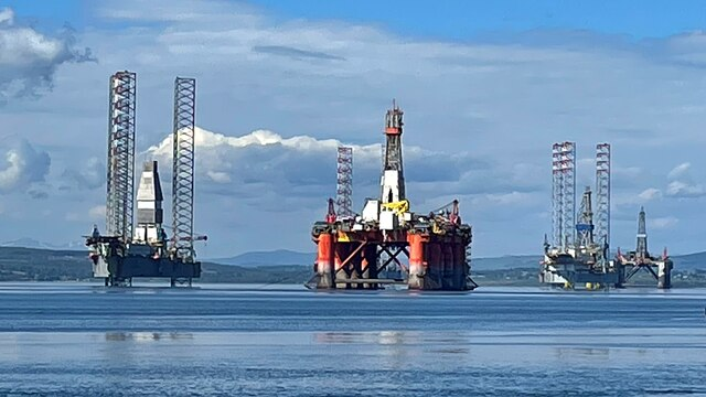 Oil rigs in Cromarty Firth