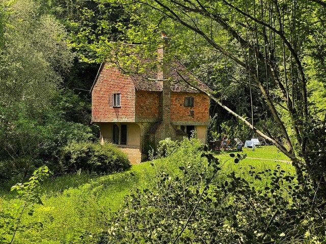 Hole Cottage