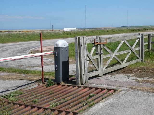 Entrance to  Defence High Frequency Communications Service