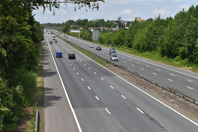 A2 seen from High Road overbridge