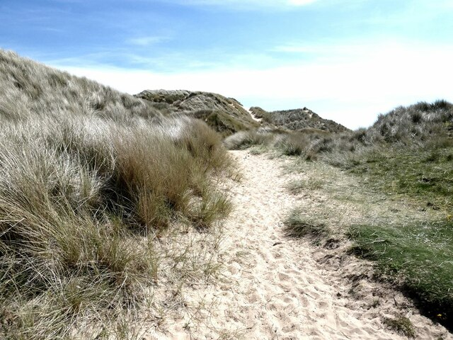 Path through the dunes at Rattray