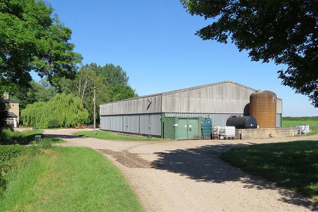 Little Wilbraham: a barn at Hawk Mill Farm