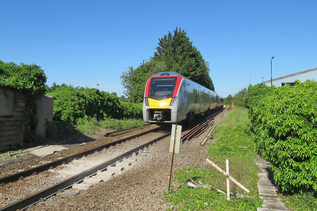 Fulbourn: west from the level crossing