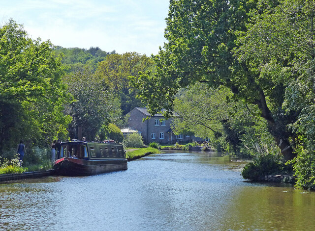 Worcester and Birmingham Canal at Alvechurch