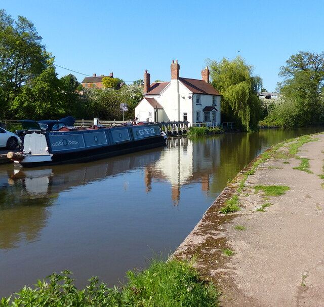 Bittell Cottage along the Worcester and Birmingham Canal