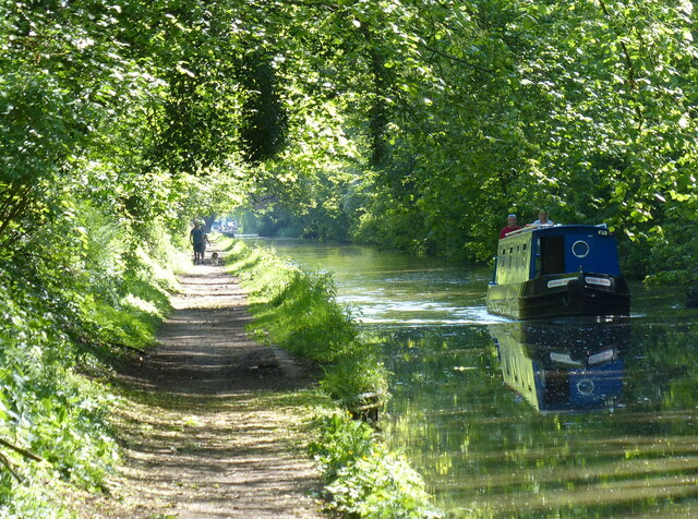 Narrowboat on the Worcester and Birmingham Canal