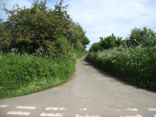 Southern end of a narrow lane