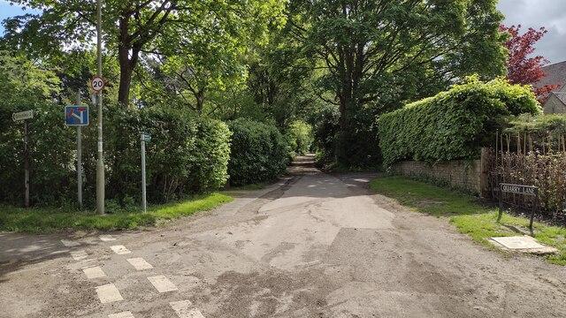 Bridleway heads down Quarry Lane