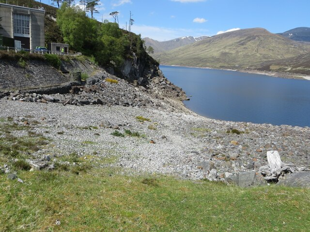 Glen Cannich - Southern shoreline of Loch Mullardoch at Mullardoch Power Station by Peter Wood