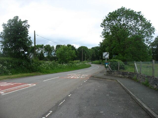 Minor road leaving Brynsiencyn