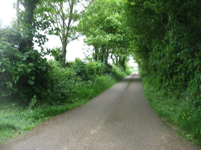 The Llanidan lane approaching the A4080