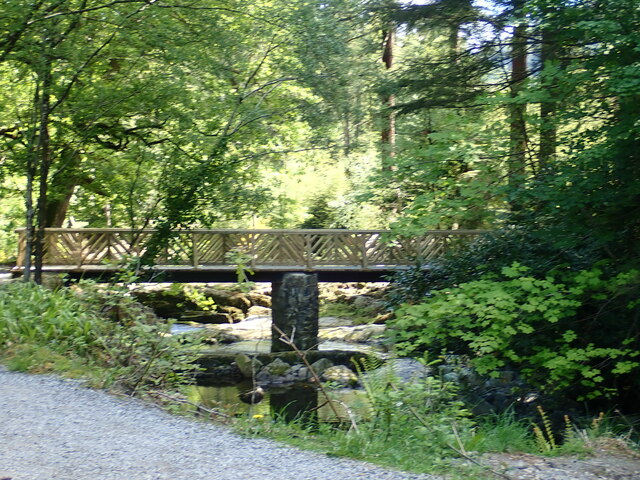 Approaching the replacement rustic bridge from the direction of Parnell's Bridge