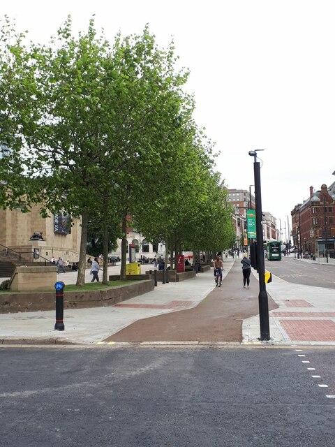 New cycle lane on the Headrow