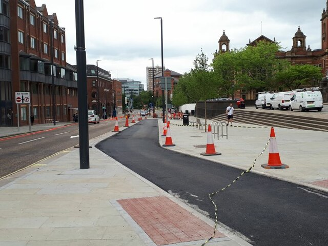 New cycle lane on Eastgate (1)
