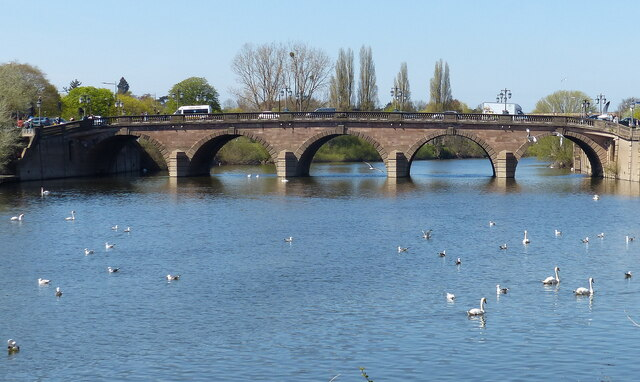 Worcester Bridge crossing the River Severn