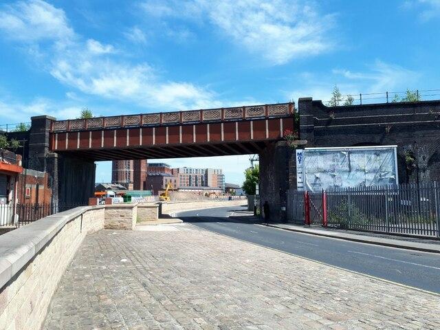 Farnley Viaduct crossing Water Lane