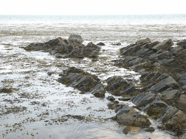 Coastal rocks at Inzie Head