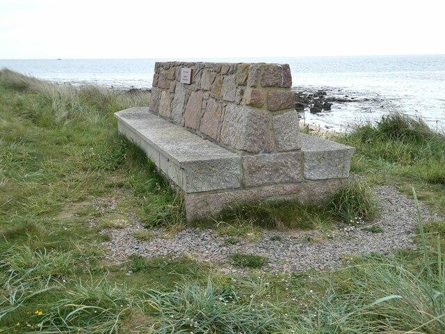 Bench above Inzie Head
