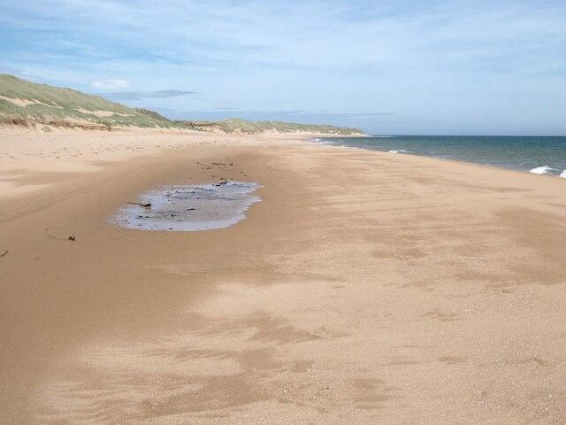 Beach at Lunderton