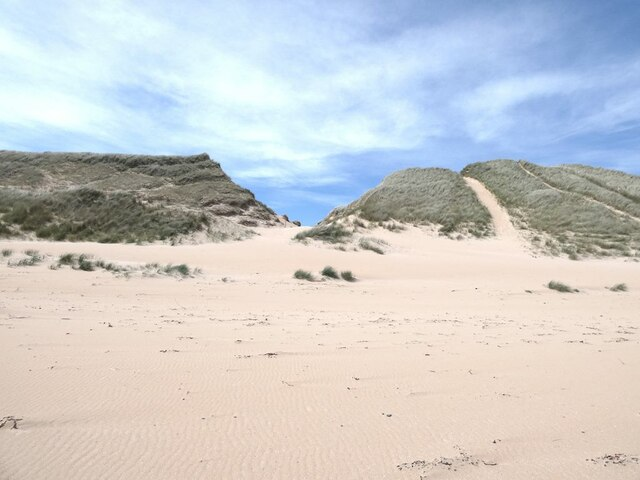 Gap in the dunes