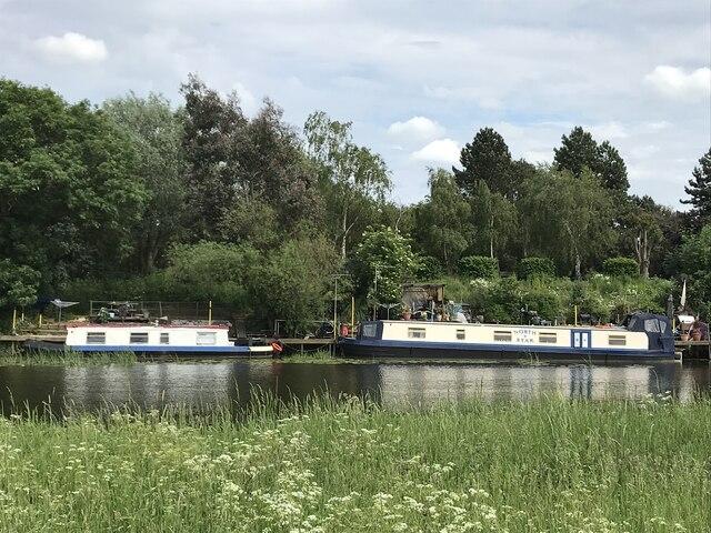 Residential narrow boats moored south of Huntingdon