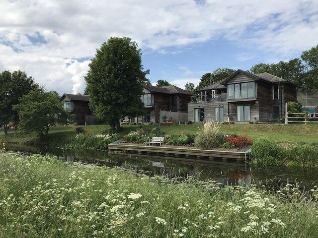 Houses on Waters Meet, Huntingdon