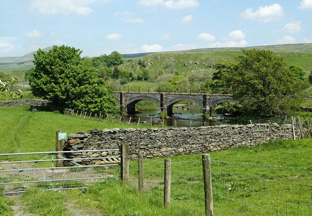 Rail bridge over the River Ribble