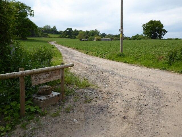 Entrance to Swinney Farm