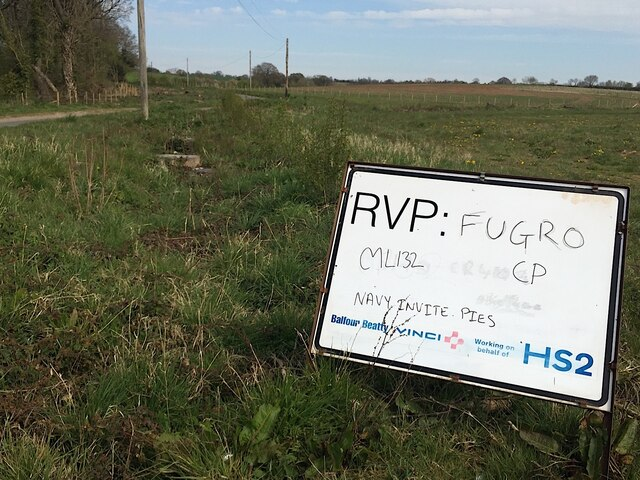 Cryptic HS2 protest beside Hunnigham Road near Offchurch