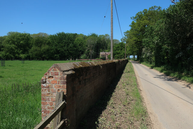 Wall Road around Wolterton Park