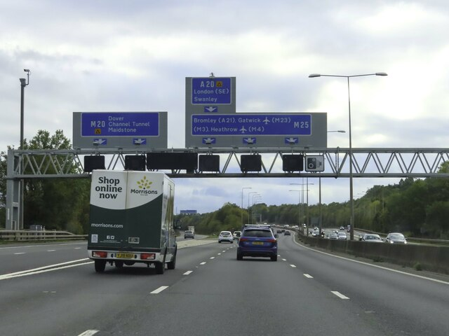 The M20 branches off the M25