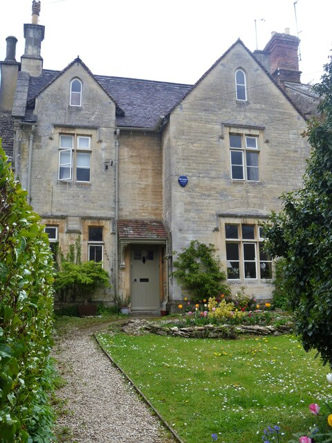 Cirencester houses [94]