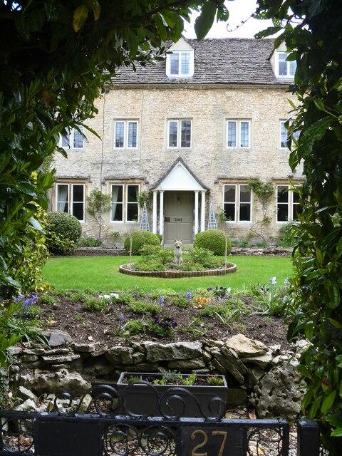 Cirencester houses [96]