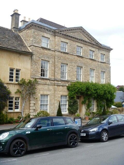 Cirencester houses [98]
