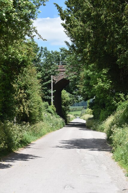 Railway bridge over Groveley Road