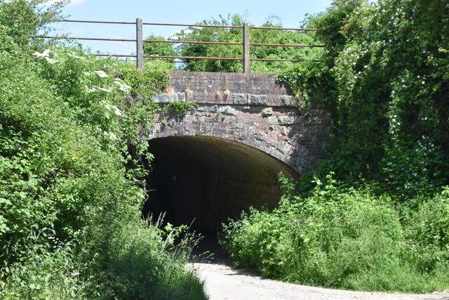 Path under railway, Great Wishford