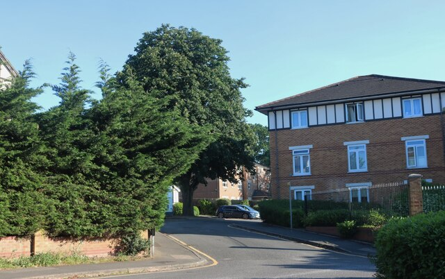 Junction on St Josephs Grove, Hendon