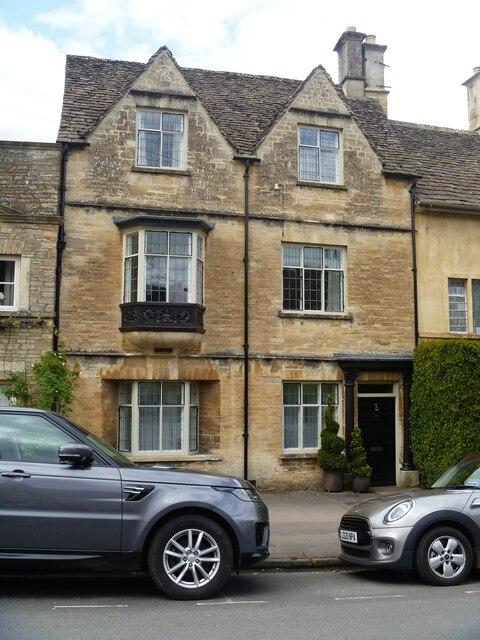 Cirencester houses [100]