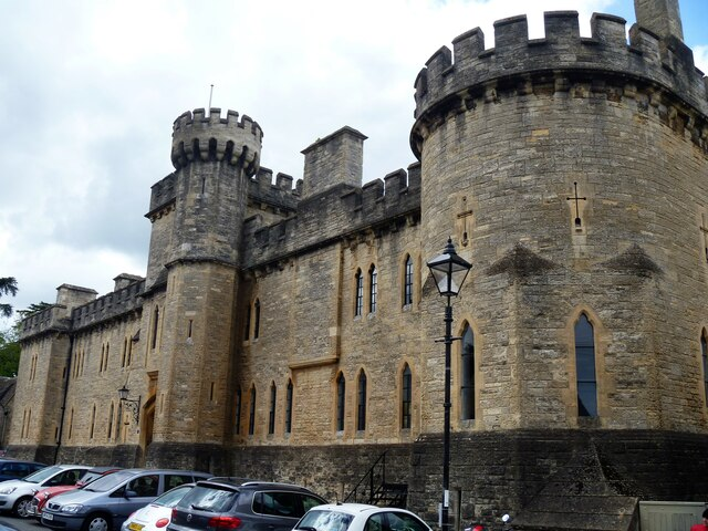 Cirencester buildings [73]