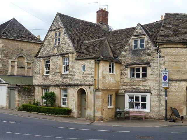 Cirencester houses [104]