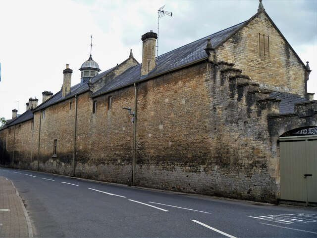 Cirencester buildings [75]