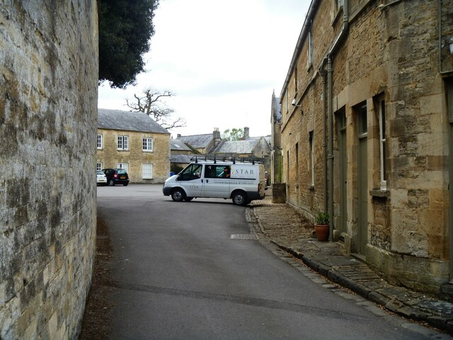 Cirencester buildings [76]