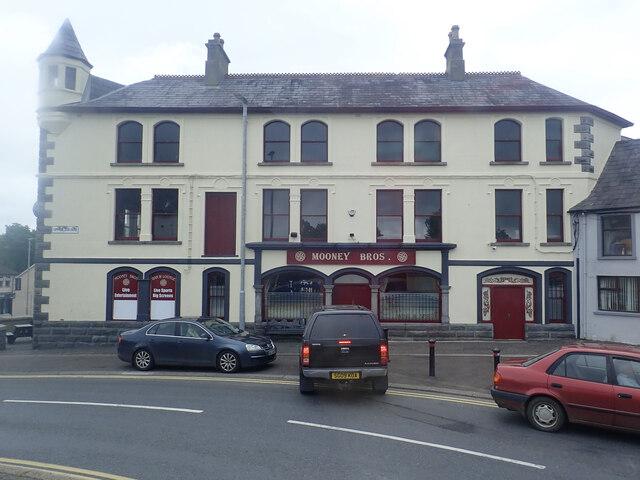 Mooney Bros PH, Upper Square, Castlewellan