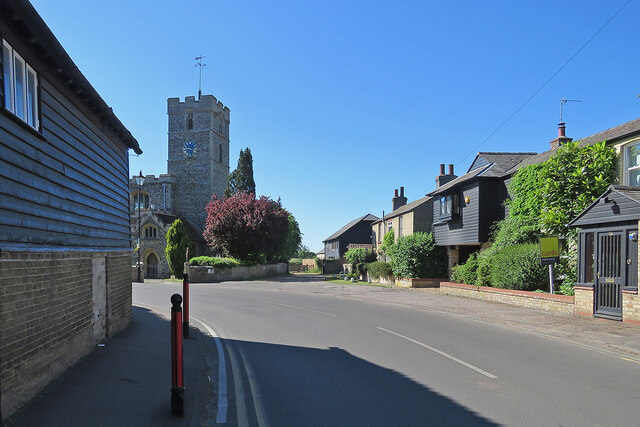Waterbeach: a bend in Station Road